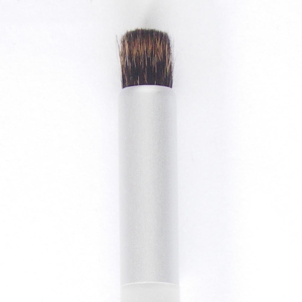 尺小鼻専用洗顔ブラシ